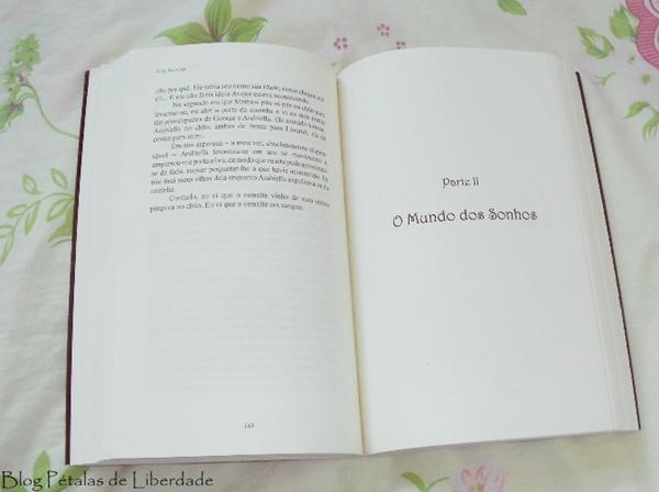 Resenha, livro, A-História-Esquecida-da-Hospedaria-na-Estrada, C-A-Saltoris, Chiado-editora, romance, fantasia, fada-da-morte, chronos, trecho, diagramação, fotos