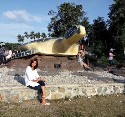 patung penyu bintan lagoi sakera lagoi