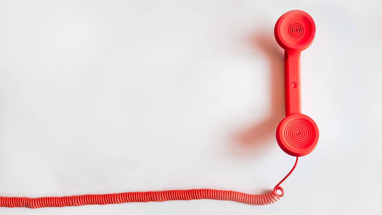 फोनवर बोलताना - मराठी कविता | Phonevar Boltana - Marathi Kavita