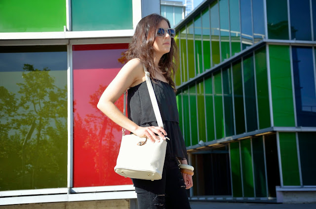 look-total-black-negro-musac-beige