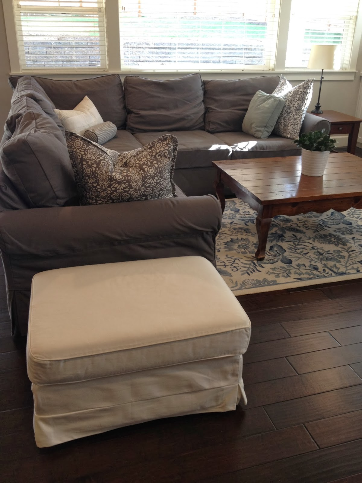 Slipcovers For Pottery Barn Sofas hmmi