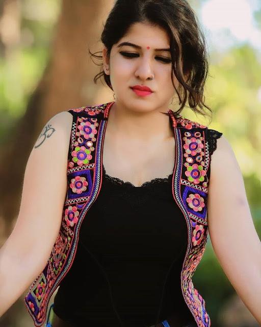Aswathy Nair Uppum Mulakum actress
