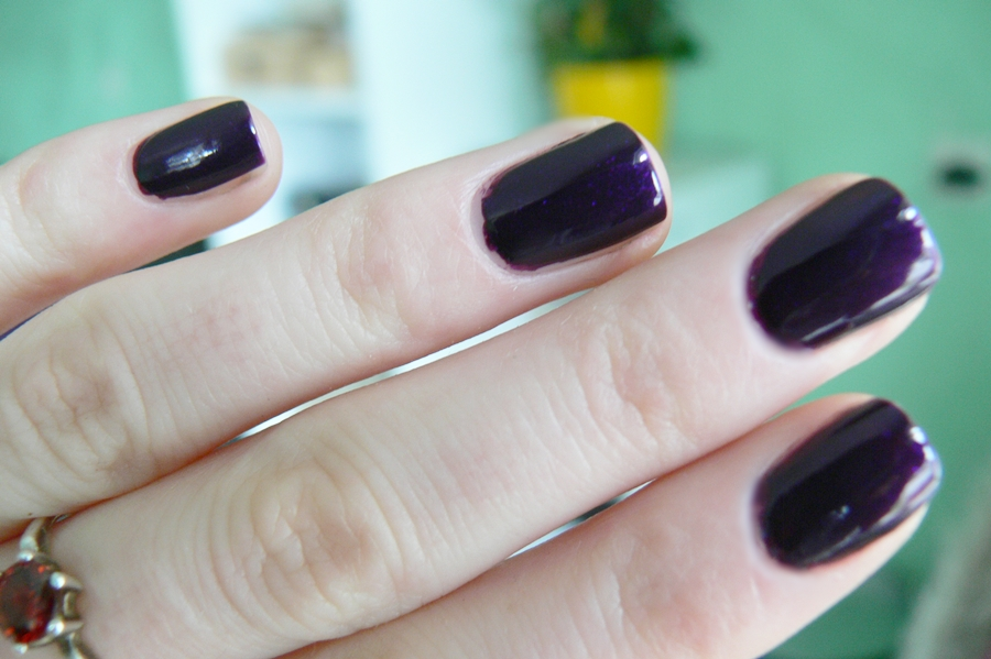 Avon Gel Finish Perfectly Plum brak słońca