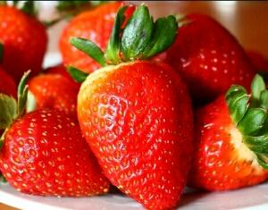 manfaat kesehatan buah strawberry