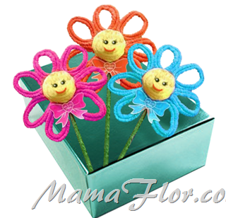 Flores de Colores hechas con Papel Crepé