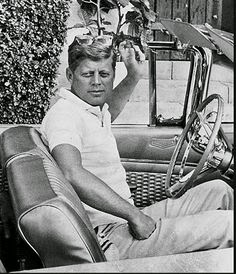 John F. Kennedy JFK randommusings.filminspector.com