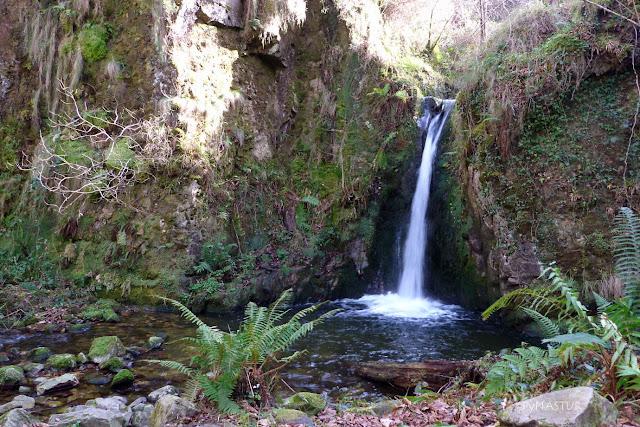 Cascada Del Chorrón - Villamayor - Asturias