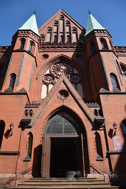 Kościół Św. Mikołaja w Nowej Rudzie - atrakcje i zabytki Nowej Rudy