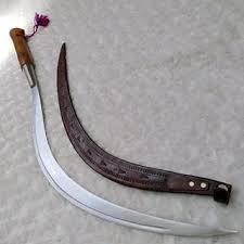 Senjata-tradisional-Clurit-dari-jawa-timur