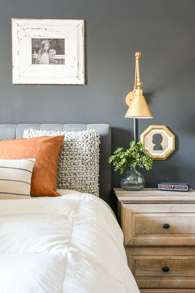 high contrast modern farmhouse bedroom