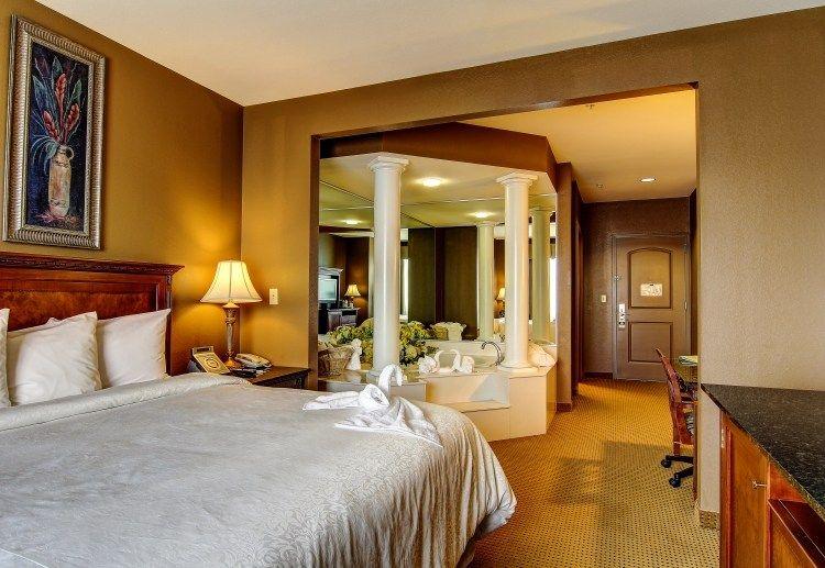 Decorar dormitorios con jacuzzi  Ideas para decorar