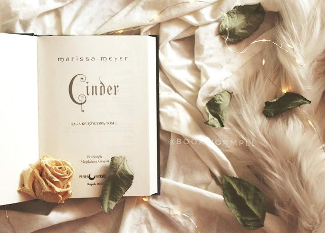 #94 Cinder - Merissa Meyer