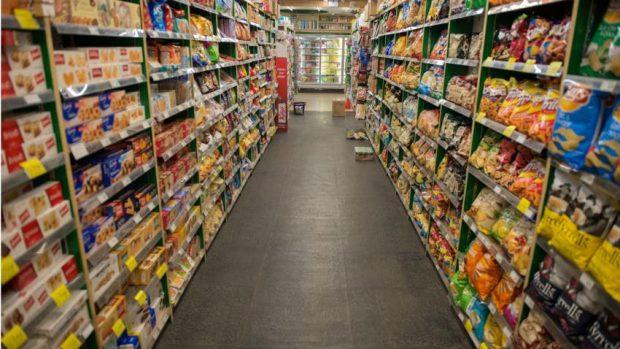 Tolak Jual Daging Babi dan Miras, Minimarket Milik Muslim Ditutup