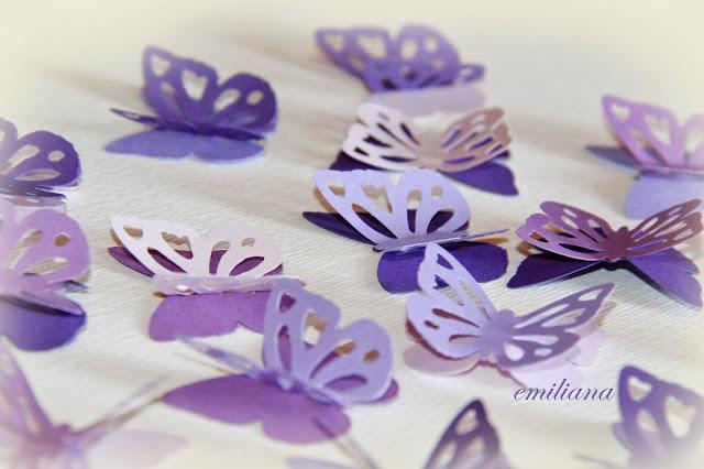 abbastanza L'alternativa: Farfalle, fiori e pon pon JP74
