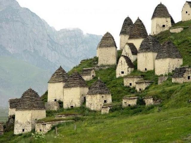 Pemakaman Kota Mati di Ossetia Utara Rusia pemakaman paling unik dan aneh di dunia