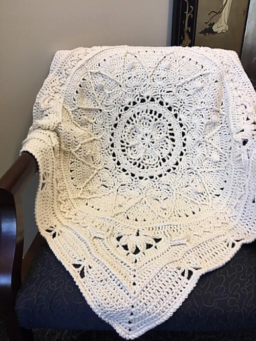 Mini Sophie Baby Blanket - Free Pattern
