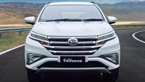 Share Video Review Fitur Daihatsu Terios R 1.5 STD