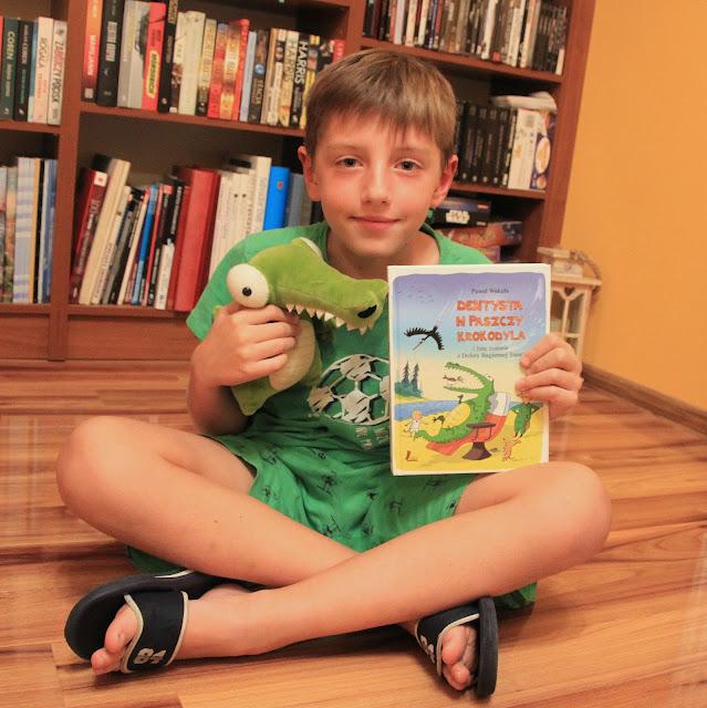 książka, okładka, mały czytelnik