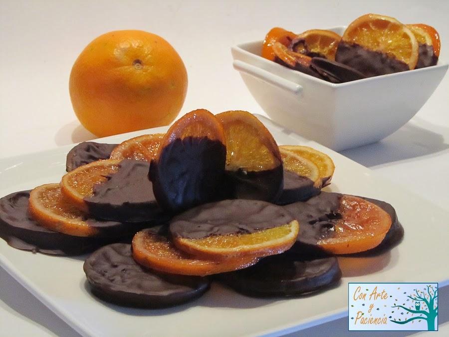 Delicias de naranja confitadas con chocolate