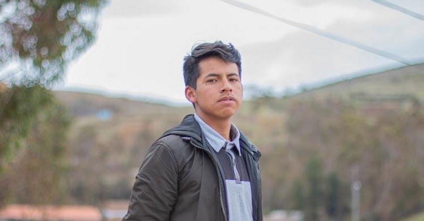 ANDERSON VILCAPOMA DE LA CRUZ: Conoce al Talento Beca 18 que quiere construir casas más seguras en Huancavelica - PRONABEC - www.pronabec.gob.pe