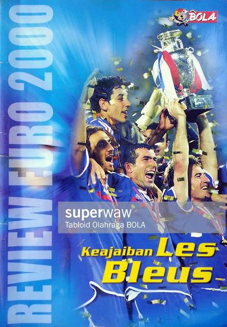 MAJALAH REVIEW EURO 2000 KEAJAIBAN LES BLEUS