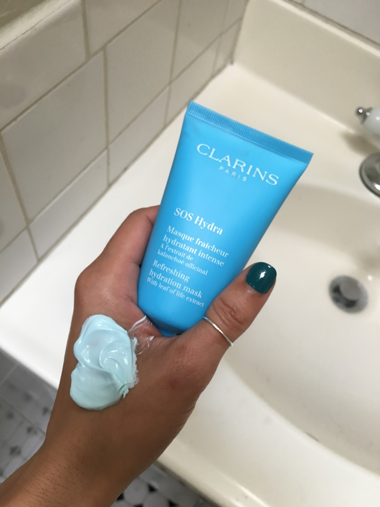 Clarins SOS masks, Clarins skincare, SOS mask, weeknight hydration masks, hydration masks, best skincare for winter