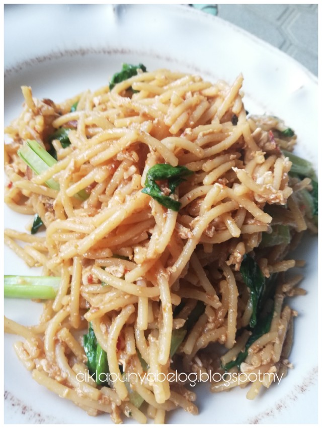Resepi spaghetti goreng simple.