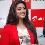Sneha @  Iphone 4S  Launch Photo Gallery