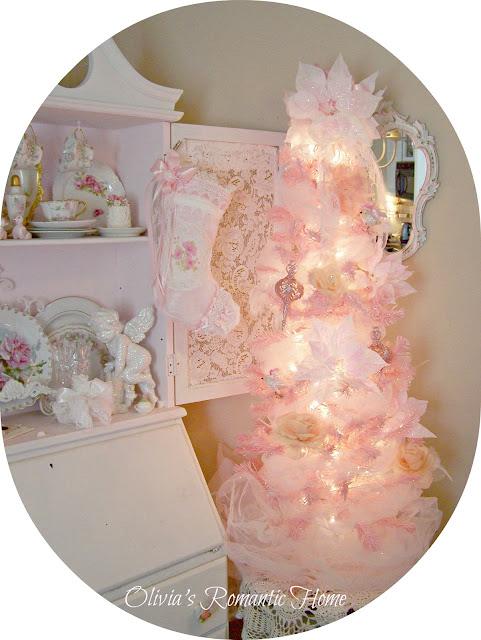 Olivia s romantic home shabby chic living room - Olivia S Romantic Home My Shabby Chic Christmas Home Tour