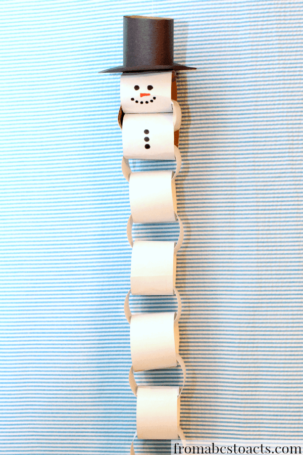 paper links snowman with hat countdown to Christmas calendar