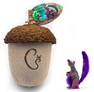 squirrel king and acorn container