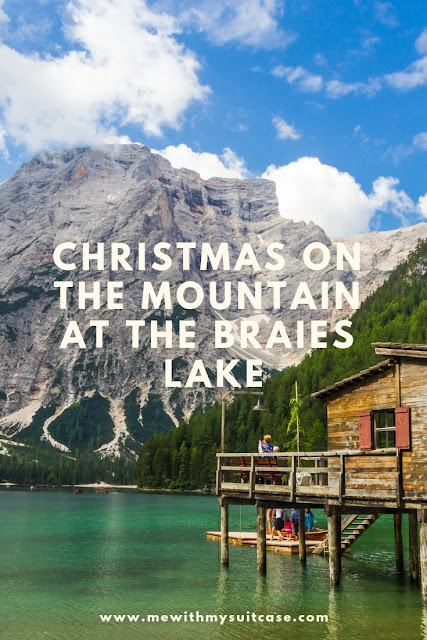Christmas on the mountain at the Braies Lake