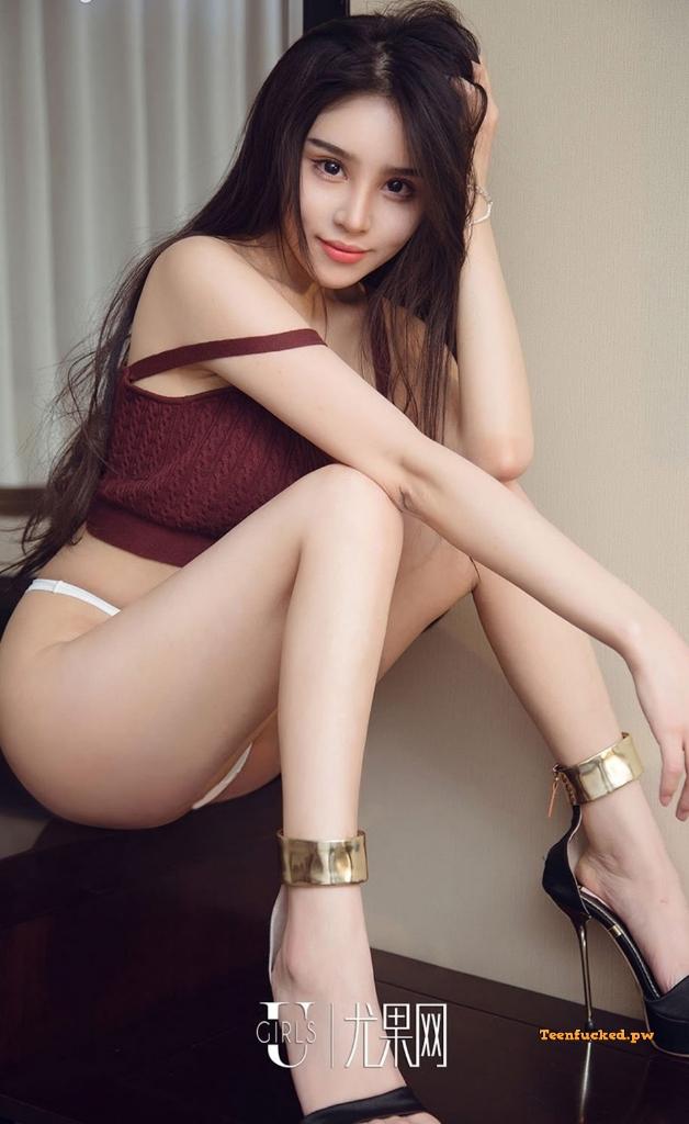 UGIRLS Ai You Wu App No.1295 MrCong.com 024 wm - UGIRLS – Ai You Wu App No.1295: Người mẫu 裴依雅 (35 ảnh)