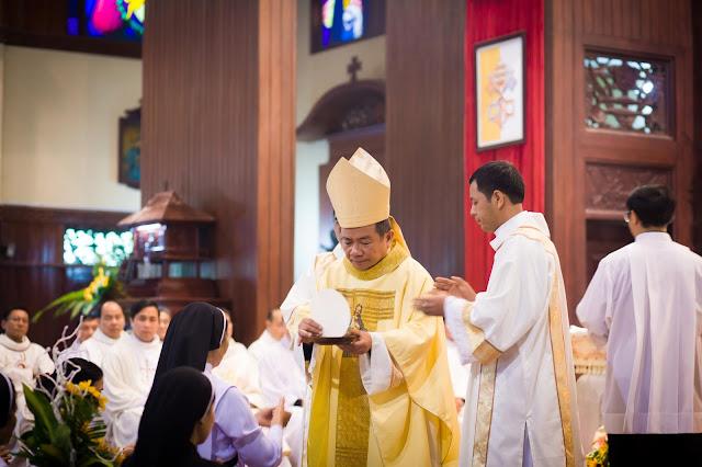 Lễ truyền chức Phó tế và Linh mục tại Giáo phận Lạng Sơn Cao Bằng 27.12.2017 - Ảnh minh hoạ 215