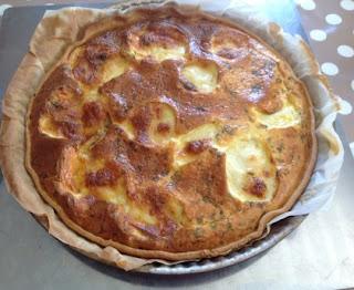 Provençal tart (tomato, courgette, mozzarella)
