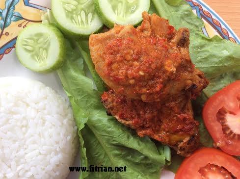 Cerita Lezat Ayam Bakar Bumbu Bali Heat & Eat