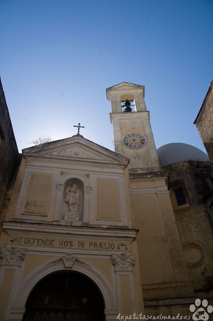 Abazzia San Michele Arcangelo en Procida