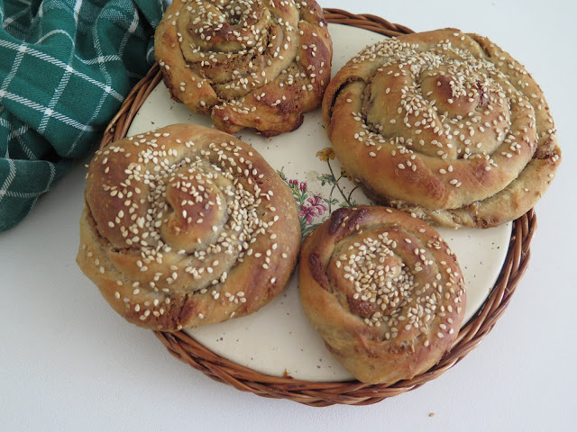 Rollos dulces de tahin - Beirut tahini swirls