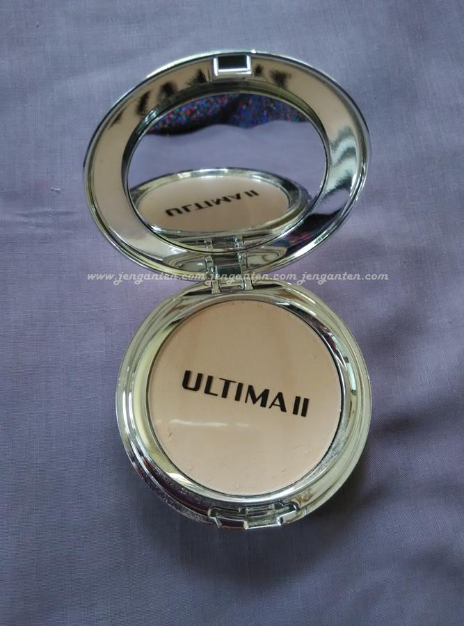 Review Ultima II Wonderwear Pressed Powder