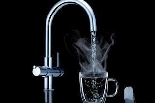 العلاج بالماء الساخن