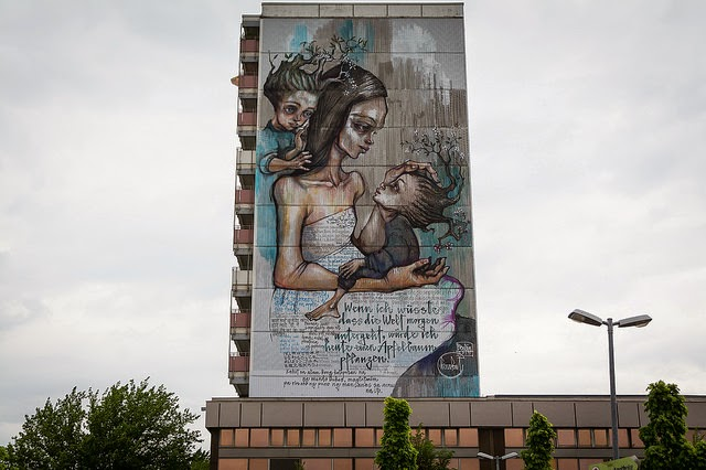 After Phlegm earlier this month, Berlin and the One Wall Project curated by Urban Nation are  welcoming another lovely new addition to their murals' collection.