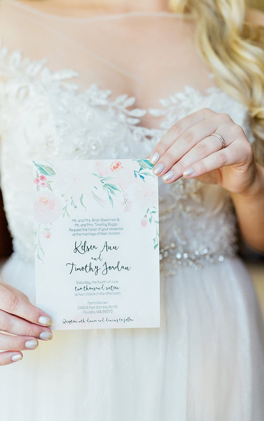 Dreamy and Romantic Wedding Photography by PNW Photographer Something Minted