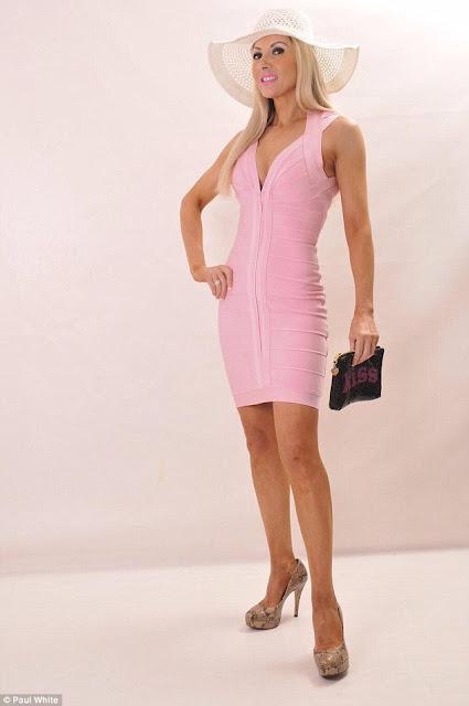 Janda Seksi Ini habiskan Uang 300 Juta Untuk Operasi Jadi Barbie