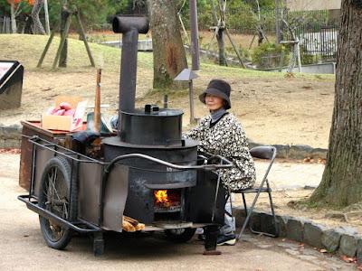 Những món ăn vỉa hè nhất định phải thử khi tới Nhật Bản
