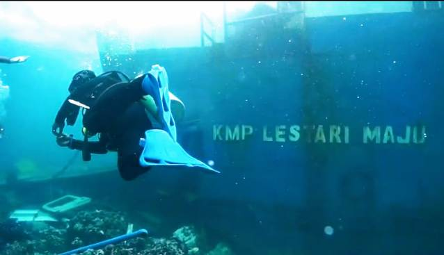 Bukti Foto Kapal Lestari Maju, Tertulis Kapal Motor Penumpang (KMP)