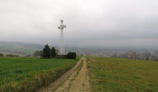 Krzyż milenijny na Rabskiej Górze.