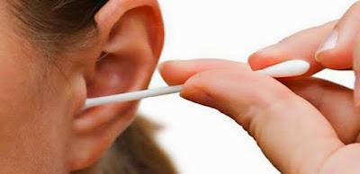 Cara benar membersihkan telinga