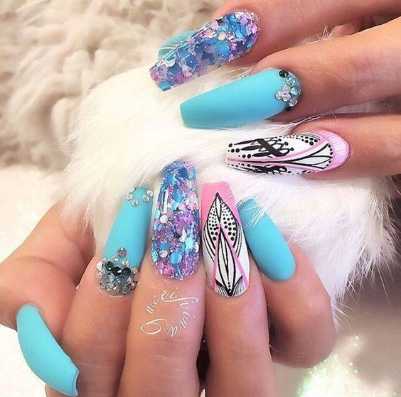 Lovely Nail Art Ideas You Must Try