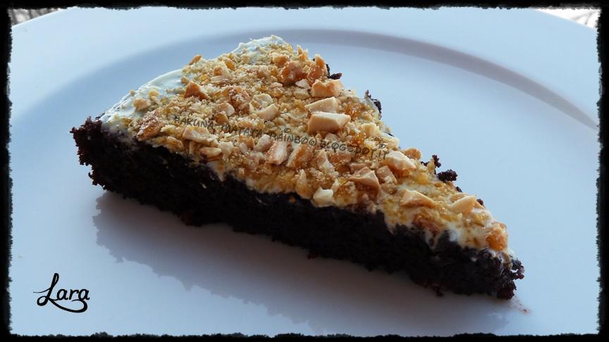 http://cucinaconlara.blogspot.it/2014/03/torta-caprese-al-cioccolato-fondente-70.html