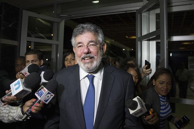 Víctor Díaz Rúa saliendo de audiencia por el caso Odebrecht
